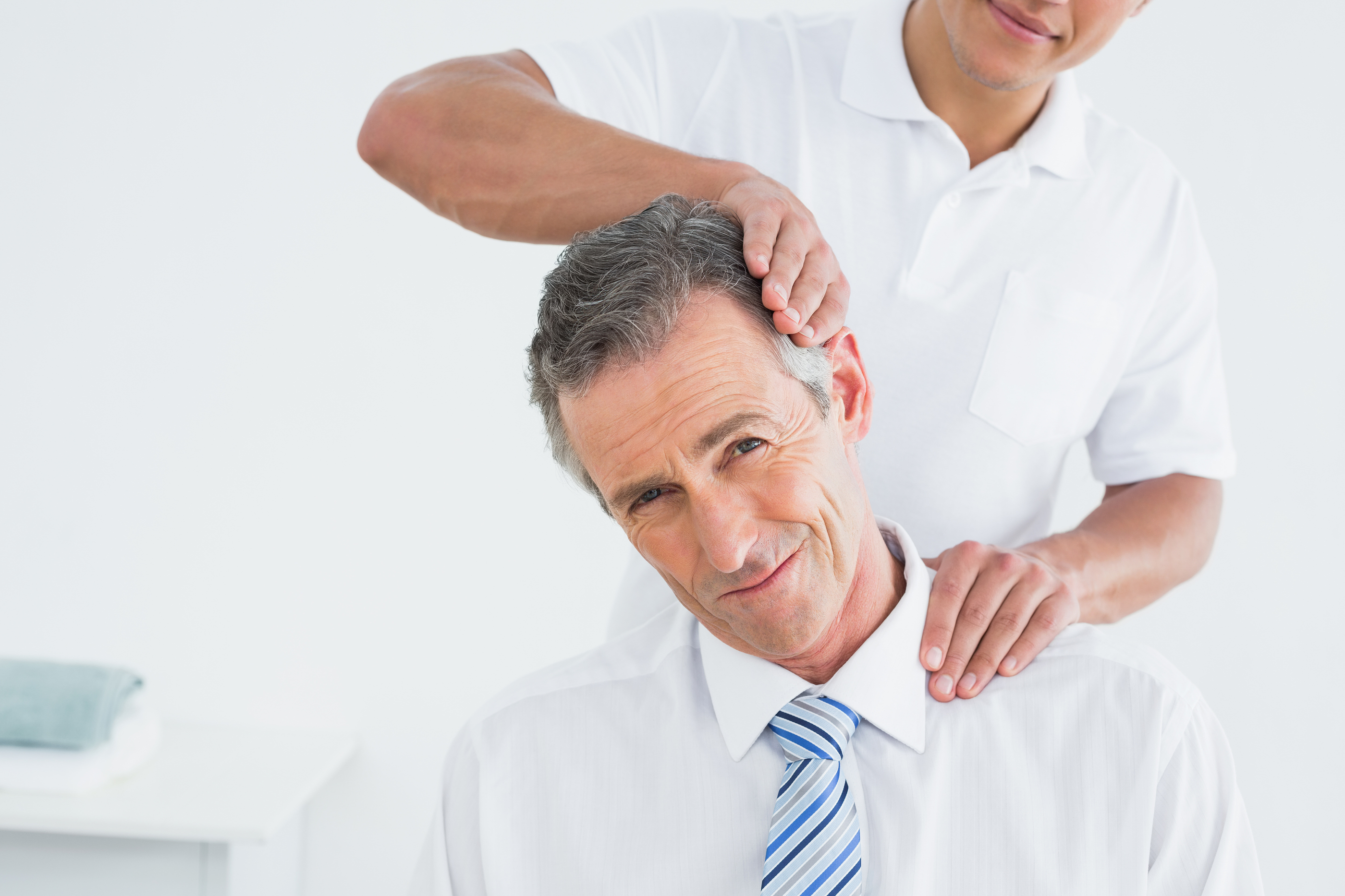 See a Chiropractor ASAP: Pains/Symptoms After a Car Crash